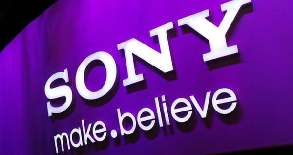 Sony, Nintendo'yu Tahtindan Etti!