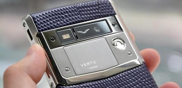 Vertu'nun Yeni Luks Telefonu!