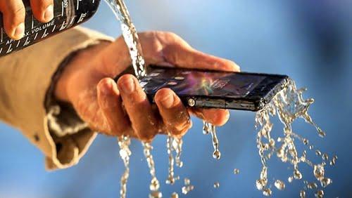 344927-sony-xperia-z-waterproof-smartphone
