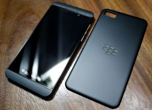 blackberry-10-l-series-dec12